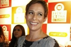 A atriz Andrea Beltrão é a aniversariante famosa de hoje, 16 de setembro