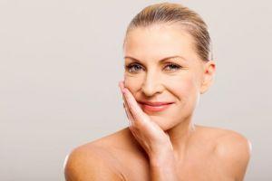 Saiba como ter uma pele bonita na Menopausa