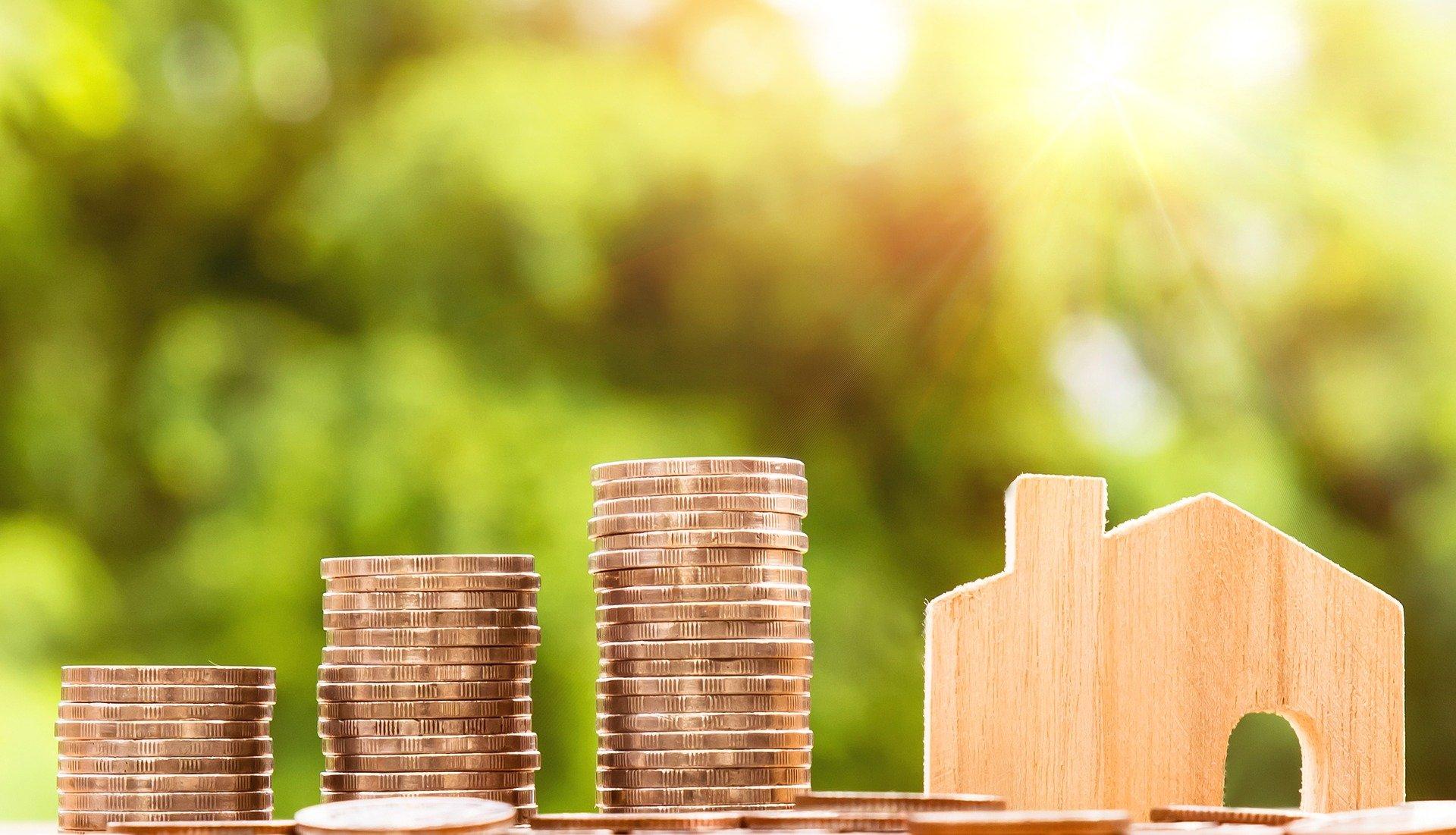 7 dicas para economizar muito e sobrar dinheiro. Saiba driblar a crise para ter uma reserva de emergência