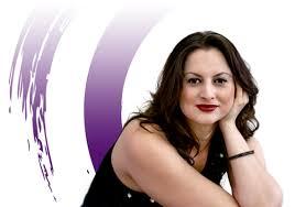 Vírginia Gaia é astróloga, taróloga e coach holística